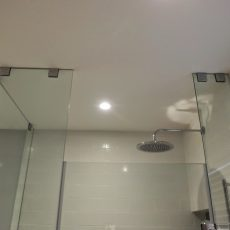 shower partition in Dubai